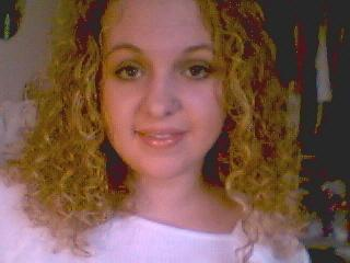 Lindsey B. - Blonde, 3a, Medium hair styles, Readers, Female, Curly hair Hairstyle Picture