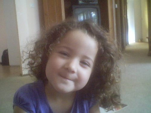 Kasey - Brunette, 3b, Celebrities, Short hair styles, Kids hair, Curly hair Hairstyle Picture