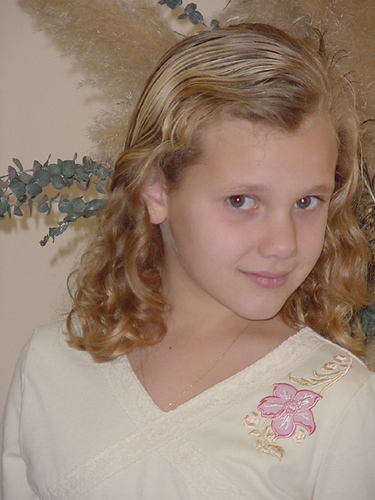 Sierra Nicole:  8 - Blonde, 2b, 3a, Medium hair styles, Kids hair, Readers, Curly hair Hairstyle Picture