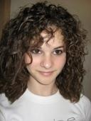 Lisa - Brunette, 2b, Wavy hair, Medium hair styles, Readers, Teen hair Hairstyle Picture