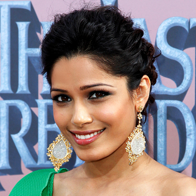Freida Pinto - Celebrities, Wavy hair, Updos, Long hair styles, Female, Curly hair, Black hair, Buns Hairstyle Picture