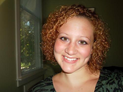 270183_10150248382566852_5436968 - Redhead, Blonde, 3c, Medium hair styles, Readers, Female, Curly hair, Adult hair Hairstyle Picture