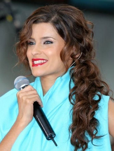 Nelly Furtado - Brunette, 3a, Celebrities, Long hair styles, Female, Curly hair Hairstyle Picture
