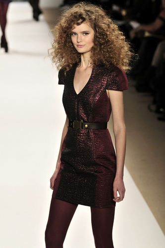 Tibi Fall 2010 - Courtesy of Run - Brunette, 3b, 3a, Medium hair styles, Kinky hair, Long hair styles, Styles, Female, Curly hair, Teen hair, Adult hair Hairstyle Picture