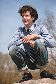 Paul Iacono - Brunette, 3a, Celebrities, Male, Short hair styles, Curly hair Hairstyle Picture