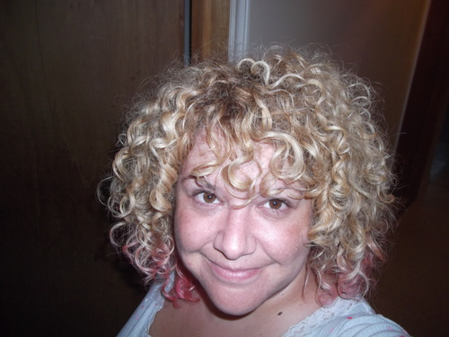 my curly curlzz - Blonde, 3b, Medium hair styles, Readers, Adult hair Hairstyle Picture