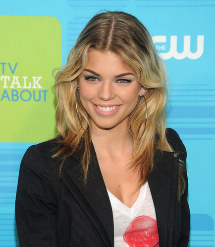 AnnaLynne McCord - Blonde, Celebrities, Wavy hair, Medium hair styles, Long hair styles, Styles, Female, Adult hair Hairstyle Picture