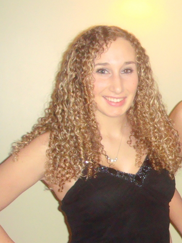 hair.jpg - Blonde, Long hair styles, Readers, Female, Curly hair, Adult hair Hairstyle Picture