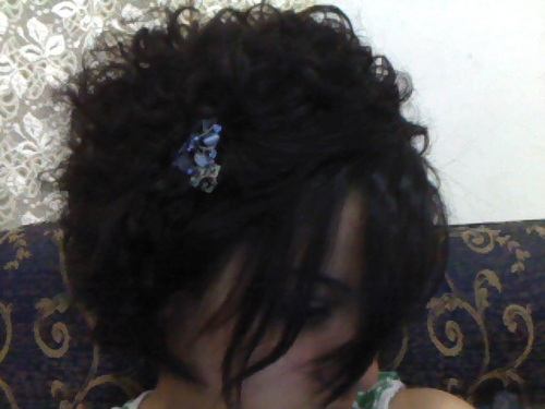 110519-191154.jpg - Celebrities, Short hair styles, Medium hair styles, Readers, Female, Curly hair, Teen hair, Adult hair Hairstyle Picture