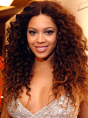 Beyoncé - Celebrities, Long hair styles, Female, Curly kinky hair, Natural Hair Celebration Hairstyle Picture