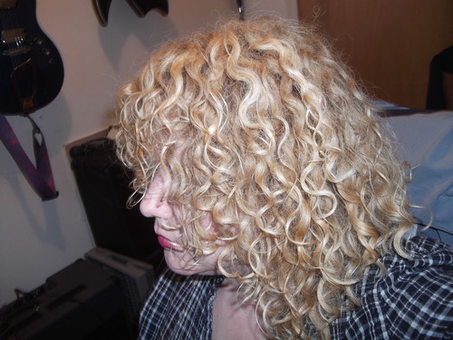 curls - Blonde, 3b, Medium hair styles, Readers, Female, Adult hair Hairstyle Picture
