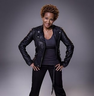 Wanda Sykes - Brunette, 4a, Celebrities, Short hair styles, Kinky hair, Afro, Styles, Female, Adult hair, Teeny weeny afro Hairstyle Picture