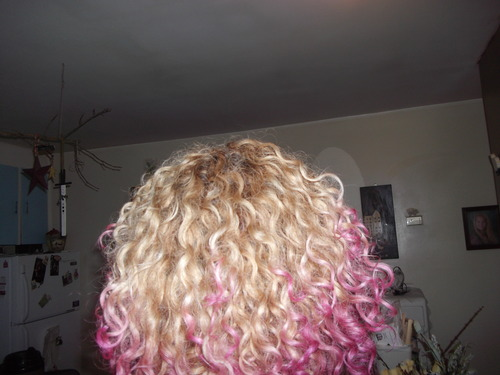 ombre pink curls - 3b Hairstyle Picture