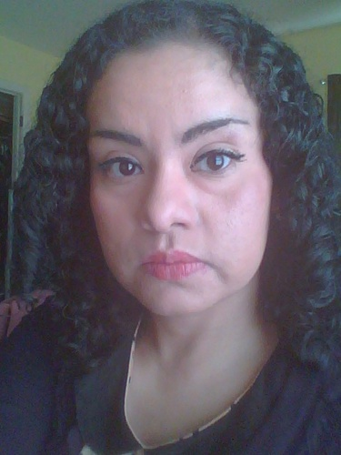 Another pic of me and my 3b curl - 3b, Medium hair styles, Female, Black hair, Adult hair, Spiral curls Hairstyle Picture
