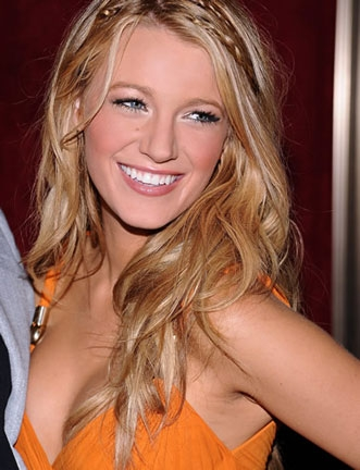 Blake Lively - Blonde, Celebrities, Wavy hair, Long hair styles, Female, Adult hair Hairstyle Picture