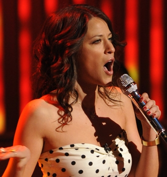 American Idol: Jackie Tohn - Redhead, 2b, Celebrities, Wavy hair, Medium hair styles, Female Hairstyle Picture