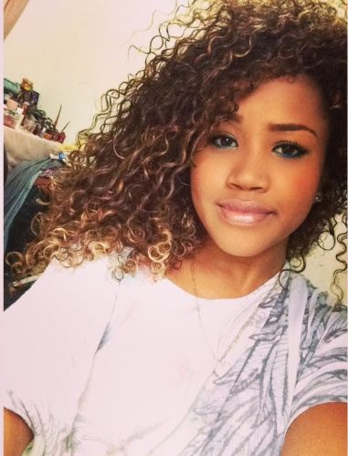 Wash and Go - Blonde, Readers, Female, Makeovers, Curly kinky hair Hairstyle Picture