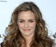 Alicia Silverstone - Blonde, 2b, Celebrities, Wavy hair, Long hair styles, Female, Curly hair Hairstyle Picture