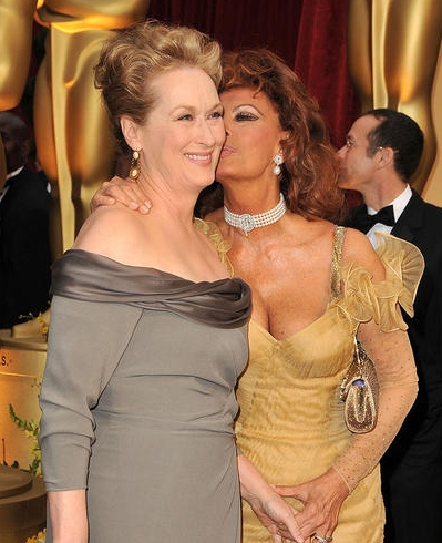 Meryl Streep and Sofia Loren - Redhead, Blonde, 2b, Celebrities, Mature hair, Medium hair styles, Updos, Special occasion, 2009 Academy Awards Hairstyle Picture