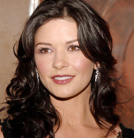 Catherine Zeta-Jones - 2a, Brunette, Celebrities, Wavy hair, Long hair styles, Female Hairstyle Picture