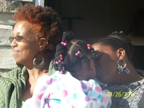 Three generations of natural bea - Twist hairstyles, Readers, Afro puff Hairstyle Picture