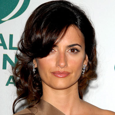 Penelope Cruz - Brunette, Celebrities, Wavy hair, Updos, Long hair styles, Female, Curly hair Hairstyle Picture