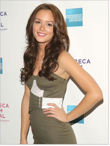 Leighton Meester - Brunette, Celebrities, Curly hair, Layered hairstyles Hairstyle Picture