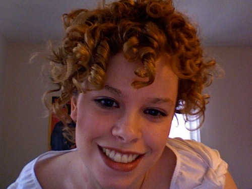 Curly hair updo - Blonde, 3b, Short hair styles, Updos, Readers, Curly hair, Teen hair Hairstyle Picture