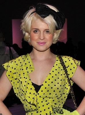 Kelly Osbourne - Blonde, Celebrities, Wavy hair, Short hair styles, Female Hairstyle Picture