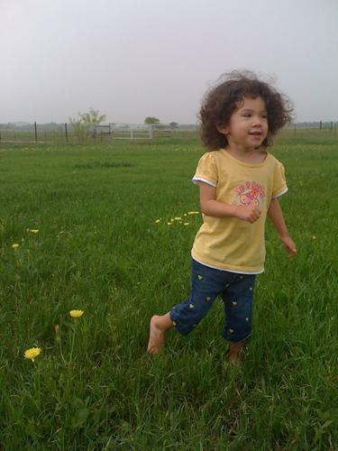 Julisa Morales - Brunette, 3b, Short hair styles, Kids hair, Readers, Curly hair Hairstyle Picture