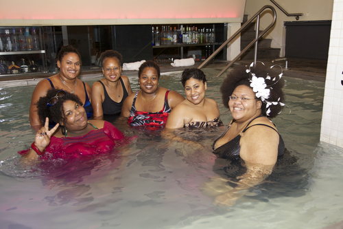 Naturals in the pool at the Curl - Kinky hair, Afro, Female, Adult hair, Teeny weeny afro, Textured Tales from the Street Hairstyle Picture