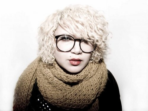 Blonde Hair - Blonde, Short hair styles, Medium hair styles, Readers, Female, Curly hair, Teen hair, Adult hair, Scene hair, Punk hair, Bob hairstyles, Layered hairstyles Hairstyle Picture
