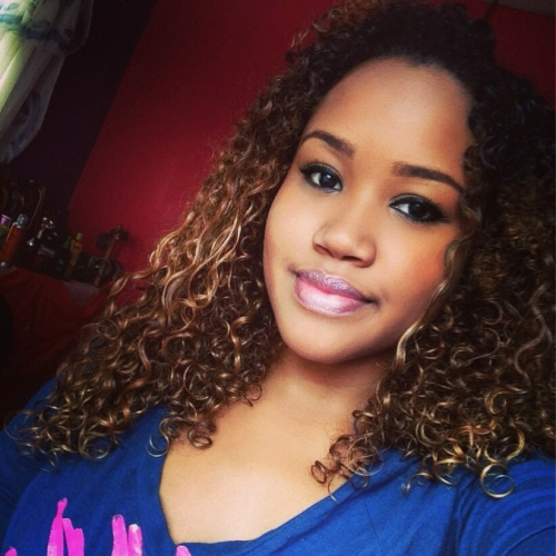 My wash and go - Blonde, Medium hair styles, Readers, Female, Teen hair, Curly kinky hair Hairstyle Picture