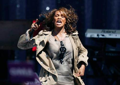 Whitney Houston - Celebrities, Medium hair styles, Female, Curly hair Hairstyle Picture
