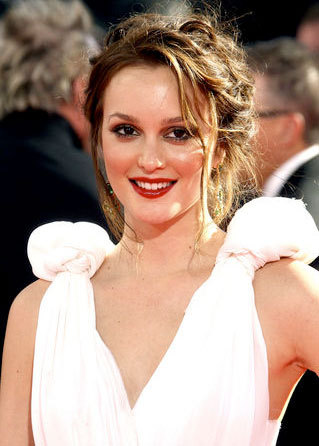 Leighton Meester - Brunette, Celebrities, Wavy hair, Updos, Special occasion, Female, Curly hair, 2009 Emmy Awards Hairstyle Picture