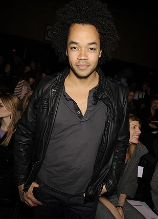 Patrick Robinson at Fashion Week - 3c, 4a, Celebrities, Male, Medium hair styles, Kinky hair, Afro, Curly hair, Black hair, Fashion Week, Fall 2009 Collections Hairstyle Picture