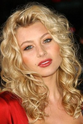 Alyson Michalka - Blonde, 3a, Celebrities, Wavy hair, Medium hair styles, Female, Curly hair Hairstyle Picture