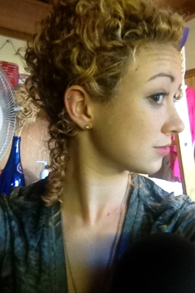 styling 3b curly hair 3b casual updo by courtneyreid4 5809